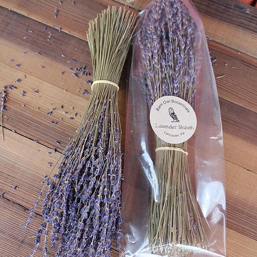 loose bag of dried lavender